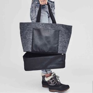 DSW Felt Tote Bag with Shoe Compartment!